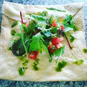 益子ガレット「野菜サラダとチーズエッグ」